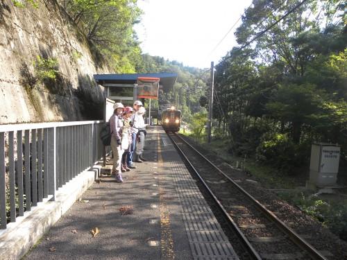 DSCN2919辛皮駅